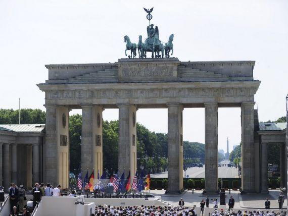 Germanii sunt optimisti: estimeaza surplus bugetar pentru 2015