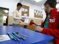 Elevii de clasa a VIII-a sustin evaluarea nationala la limba romana