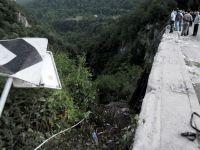 Soferul autocarului care a cazut intr-o prapastie din Muntenegru a murit