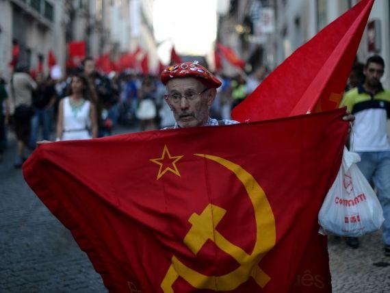 Portugalia: Pietele revin puternic joi, in asteptarea unei intelegeri intre liderii politici
