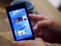 Telefonul mobil poate fi reincarcat cu ajutorul urinei - studiu