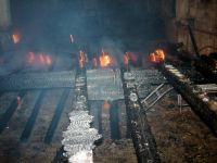 Incendiu puternic la o fabrica de cherestea din Arges