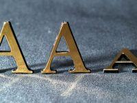 """Fondul de criza al zonei euro, care alimenteaza Grecia, Irlanda si Portugalia, a pierdut ratingul de top """"AAA"""" de la Fitch"""