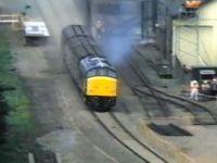 Cum arata un crash test cu un tren. Este de 1.000 de ori mai violent decat cele cu masini. VIDEO