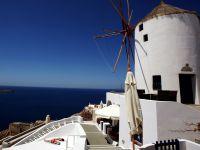 Insulele grecesti isi recapata stralucirea. Veniturile din turism au crescut cu 38,5% in mai, la peste 1 miliard de euro