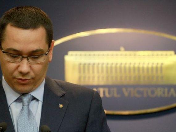 Premierul Victor Ponta ramane la carma Transporturilor pana pe 23 august. Presedintele ii cere sa-si asume  esecul  privatizarii CFR Marfa