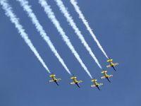 Spectacol aviatic grandios pe Aeroportul Baneasa, la implinirea a 90 de ani de la infiintarea Aeroclubului Romaniei