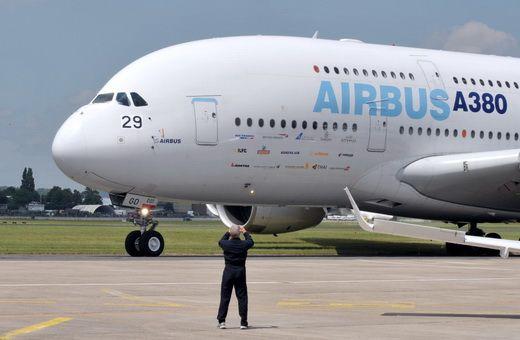 EADS preia denumirea Airbus, divizia care aduce grupului cei mai multi bani