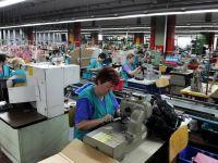 Egalitate si in campul muncii. Noul acord cu FMI prevede majorarea varstei de pensionare pentru femei la 65 de ani