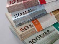 Tot mai multi straini isi tin economiile in Romania, atrasi de dobanzile mari la depozite. Leul, vulnerabil in fata retragerilor masive