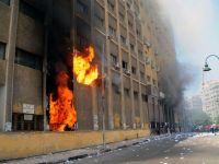 Electrolux isi inchide provizoriu uzinele din Egipt