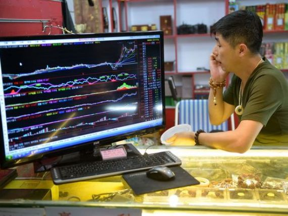 Numarul milionarilor din China inregistreaza cea mai lenta crestere din ultimii 5 ani. Neincrederea in economie, la cote maxime