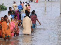 Un milion de persoane afectate de inundatii in Pakistan