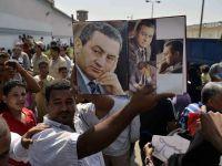 Hosni Mubarak a fost transferat intr-un spital militar, unde ramane in detentie
