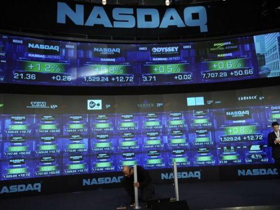 Tranzactiile pe piata Nasdaq, suspendate timp de 3 ore, din cauza unei erori tehnice. Peste 2.000 de companii afectate, inclusiv Apple si Facebok
