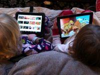 Copiii romani, mai dotati cu gadgeturi decat cei din Franta, Germania sau SUA. 10% dintre cei sub 5 ani au tableta sau smartphone