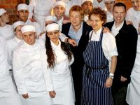 Jamie Oliver:  Daca n-am avea imigranti in Marea Britanie, as inchide maine toate restaurantele
