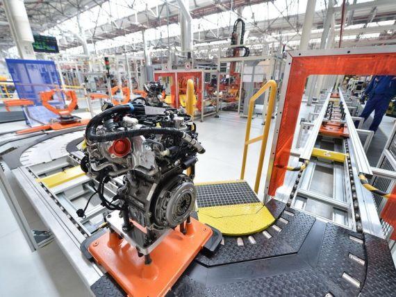 Ford a repornit productia de motoare si masini la uzina din Craiova. Brassai: Piata auto va creste anul acesta la 320.000 de autovehicule noi si second-hand