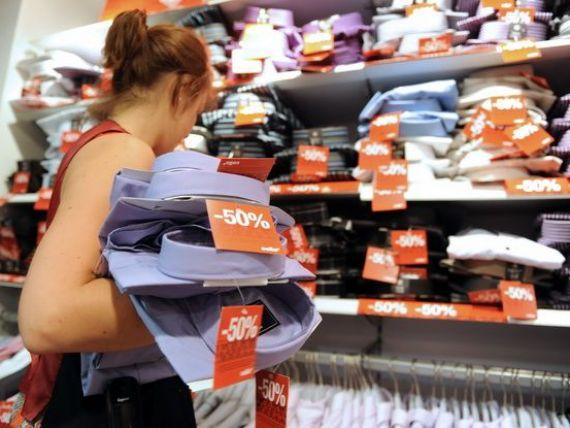 Ce se ascunde in spatele marilor reduceri din magazine. Cine a inventat soldurile si cum ne pacalesc comerciantii