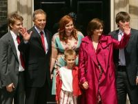 Fiica lui Tony Blair, amenintata cu arma in timpul unei tentative de furt la Londra