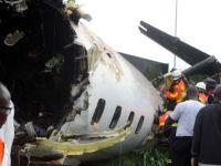 Cel putin 14 morti pe aeroportul din Lagos, in urma prabusirii la decolare a unui avion