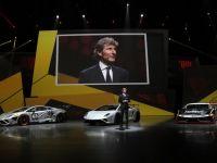 """Cea mai rapida masina din lume """"prinde"""" 100 de km in 3,4 secunde si atinge un maxim de 320 km/ora. GALERIE FOTO"""