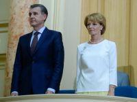Principele Radu si Principesa Margareta, intampinati la Chisinau cu manifestatii