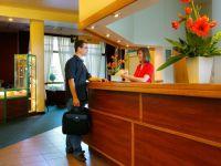 Proiect: Din 2014, taxa hoteliera ar putea scadea la 1% in Capitala
