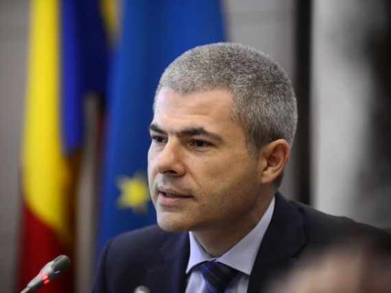 Vosganian pe blog:  Stiti cine a ocupat biroul meu de ministru? The winner is... Remus Vulpescu!