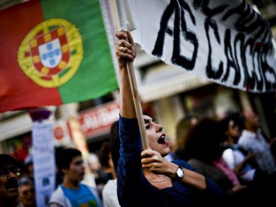 Nu creditorilor, nu foametei . Portugalia a iesit in strada pentru a protesta impotriva masurilor de austeritate