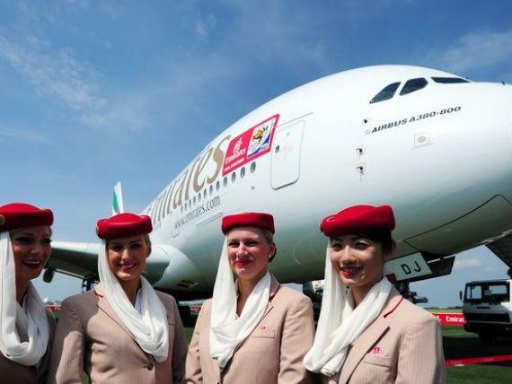 Emirates Airline negociaza o comanda record de avioane Boeing