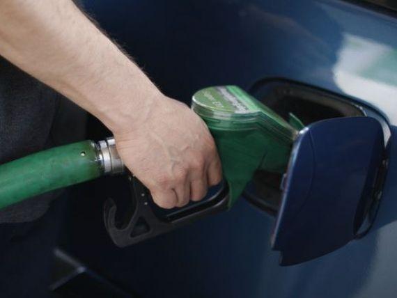 Suferinta la pompa : Romania, printre tarile cu cea mai scumpa benzina din lume, in functie de puterea de cumparare