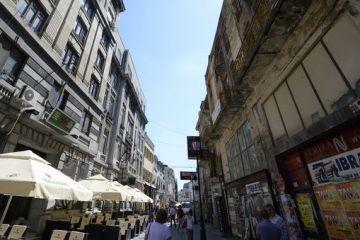 Centrul istoric al Capitalei se transforma dintr-un pol al distractiei intr-unul al saraciei. Aproape 50% dintre localuri se inchid in fiecare an