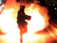 Explozii la o conducta de titei, in Bacau. Mai multe case au fost afectate