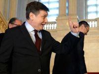 """Antonescu: """"Daca ce a spus Rosca Stanescu e fals, propun excluderea lui din PNL"""""""