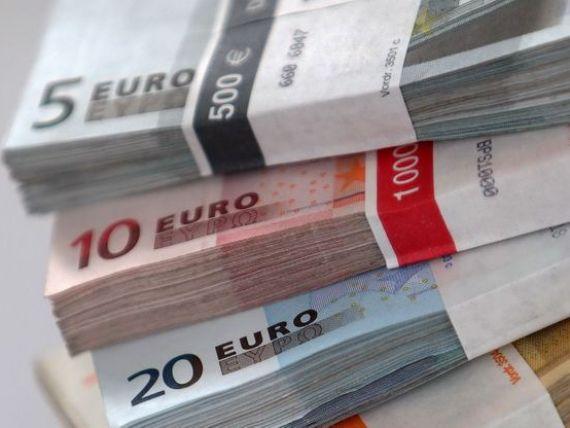 Cat este rata la un credit ca cel luat de Ioana Basescu si de ce venituri lunare este nevoie, cu ce sume ne taxeaza bancile cand retragem bani din depozite si tara in care armata confisca produsele din magazine
