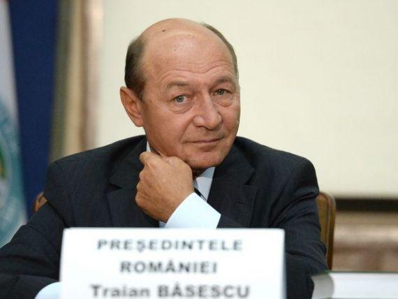 Basescu, optimist pentru 2014:  Cred ca vom avea anul acesta o crestere economica intre patru si cinci procente