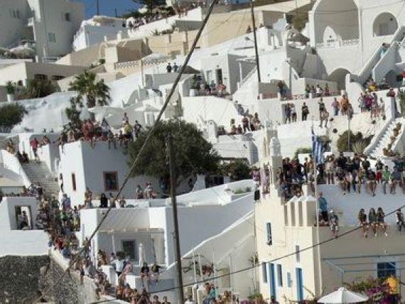 Grecia vinde 300 de hoteluri. Elenii cauta cumparatori in Rusia