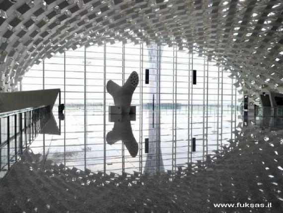 Noul aeroport al Chinei. Cum arata  capodopera arhitectonica  de 730 de milioane de euro, unde nimeni nu vrea sa mearga. FOTO