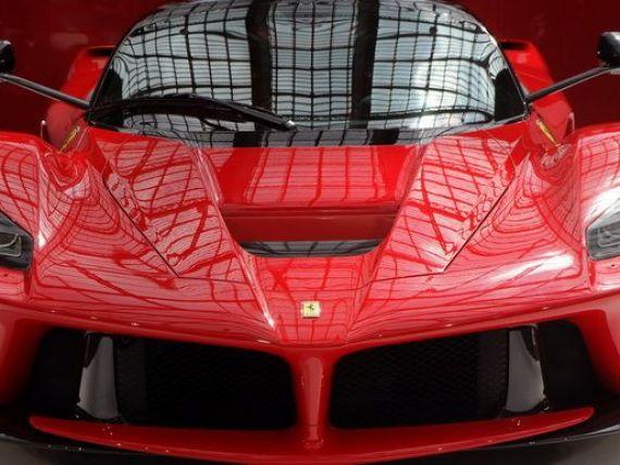 Romanii si-au cumparat 37 de Ferrari in acest an. Cel mai scump, un LaFerrari de 1 milion de euro