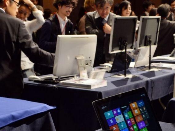 Ingropate de smartphone-uri si tablete. Vanzarile de PC-uri vor inregistra in 2013 declin record