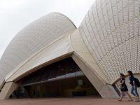 Placi din acoperisul Operei din Sydney, puse in vanzare pe internet