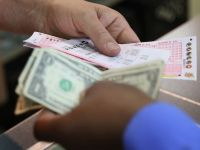 Guvernul nu va mai impozita venituri din jocuri de noroc, pe motiv ca nu poate afla cat se castiga