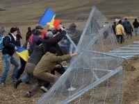 """Ponta, despre protestele de la Pungesti: """"Nu mi-am inchipuit ca cineva o sa rupa gardurile companiilor americane in Romania"""""""