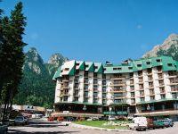 """Federatia Patronatelor din Turismul Romanesc: """"Multe hoteluri si pensiuni de pe Valea Prahovei nu au turisti si se inchid de luni pana joi"""""""
