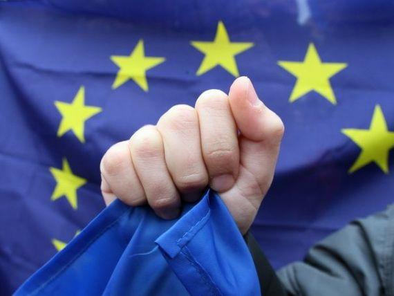 UE pierde ratingul de top de la S P. CE reactioneaza: Decizia e gresita