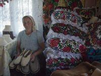 Afacerile cladite pe traditii aduc profit maramuresenilor. Turistii schimba camerele impersonale de hotel cu casele cu pridvor si incalzite de soba