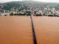 Inundatii si alunecari de teren in Brazilia. Cel putin 44 de morti