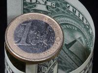Euro s-a apreciat la maximul a peste 2 ani fata de dolar