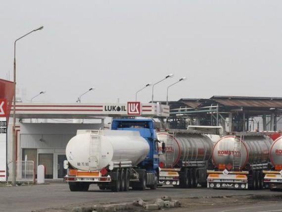 Lukoil vinde cele 138 de benzinarii detinute in Cehia, Slovacia si Ungaria